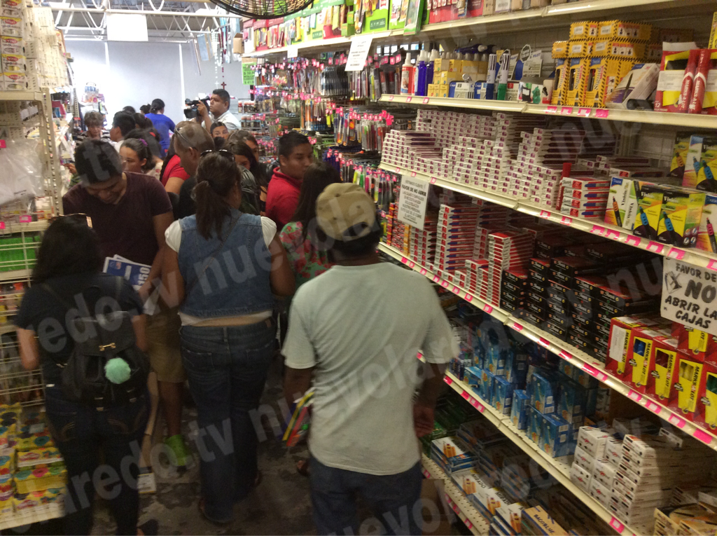 Una pareja de Laredo Texas y dls mujeres fueron los voluntarios que ayudaron este fin de semana. Foto: nuevolaredo.tv