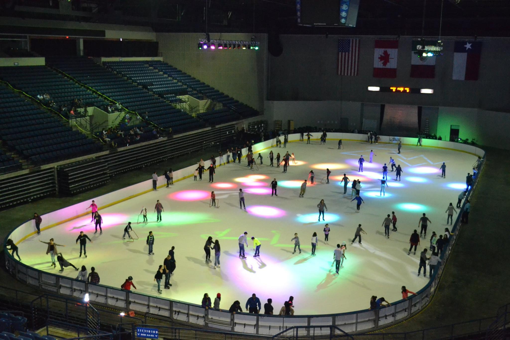 Andadores de patinaje sobre hielo para adultos for Pistas de patinaje sobre ruedas en madrid