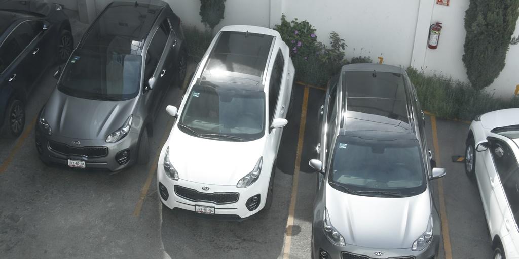 Critican al iee en hidalgo por compra de autos nuevos for Compra de comedores nuevos