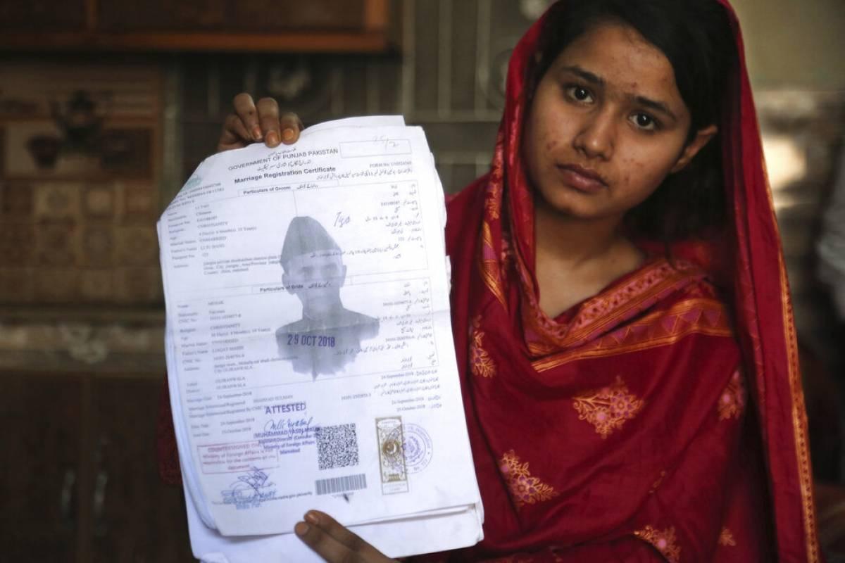 """Así Es El Mercado De Las """"novias Esclavas"""" En Pakistán"""